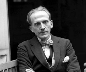 A. A. Milne Birthday, Height and zodiac sign