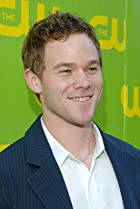 Aaron Ashmore Birthday, Height and zodiac sign